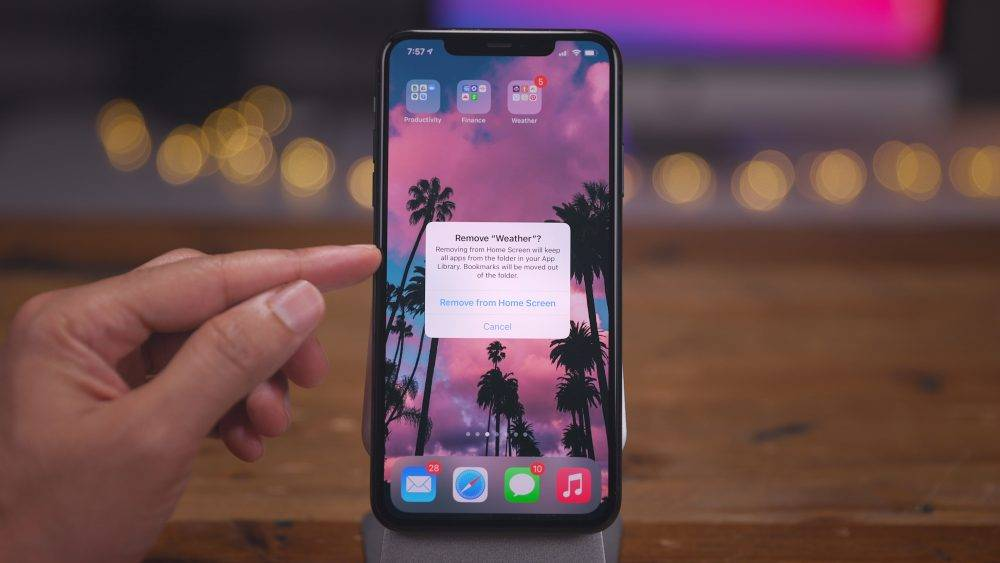 iOS-14-Home-Screen-tips-and-tricks-Move-multiple-apps-to-app-library-1